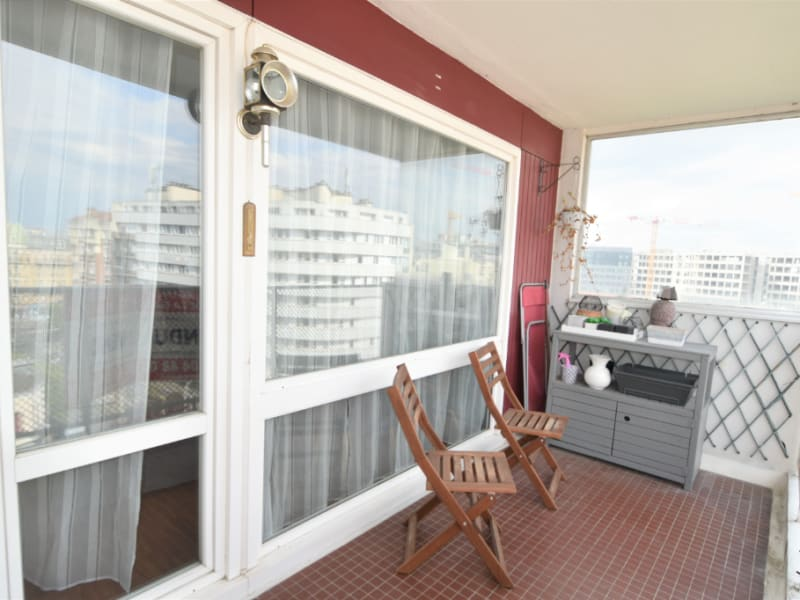 Sale apartment Courbevoie 535000€ - Picture 6