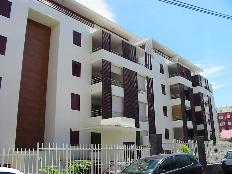 Location appartement Ste clotilde 610€ CC - Photo 1