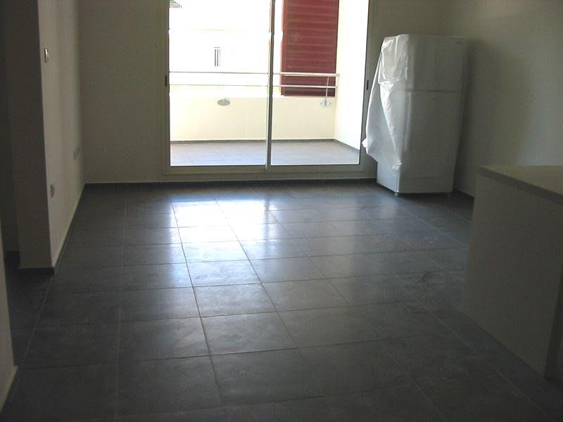 Location appartement Ste clotilde 610€ CC - Photo 2