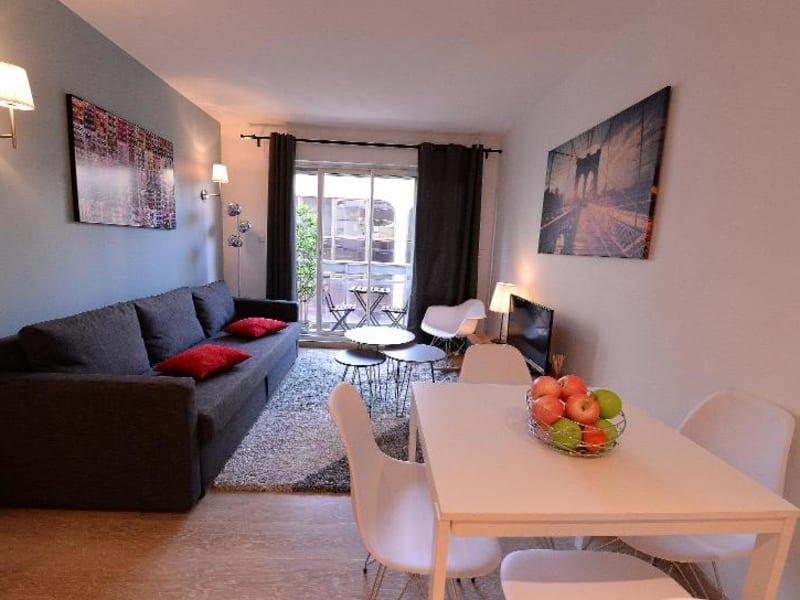 Rental apartment Lyon 6ème 990€ CC - Picture 1
