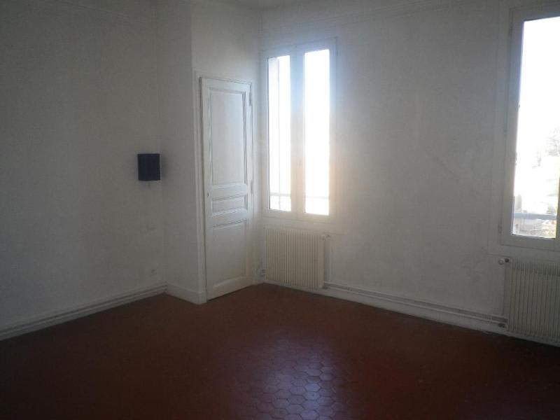Location appartement Aix en provence 978€ CC - Photo 3