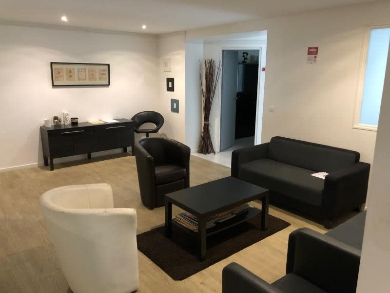 Rental office Bobigny 420€ HC - Picture 1