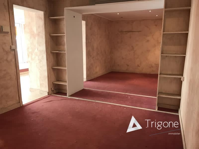 Location local commercial Armentieres 750€ HC - Photo 3