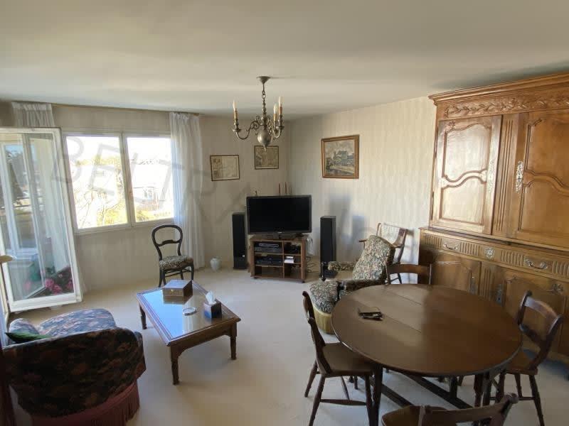 Sale apartment Montigny-le-bretonneux 262500€ - Picture 2