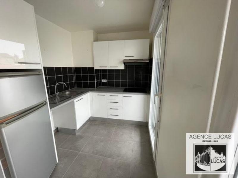 Rental apartment Nanterre 1220€ CC - Picture 3