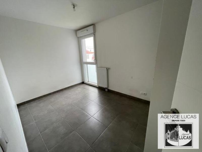 Rental apartment Nanterre 1220€ CC - Picture 4
