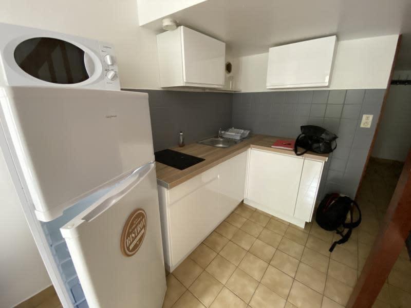 Rental apartment Tournon-sur-rhone 360€ CC - Picture 3
