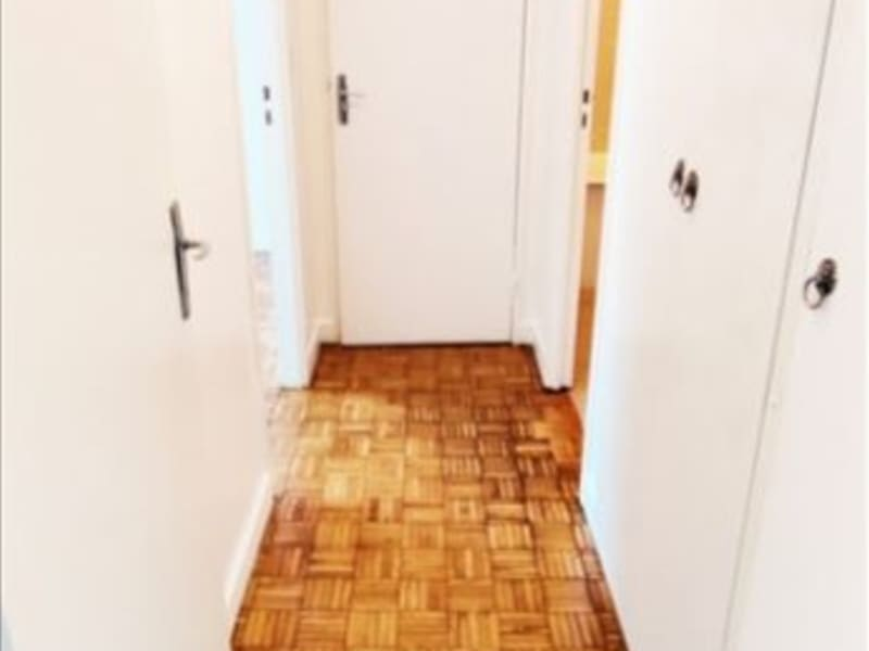 Alquiler  apartamento Paris 18ème 1150€ CC - Fotografía 6