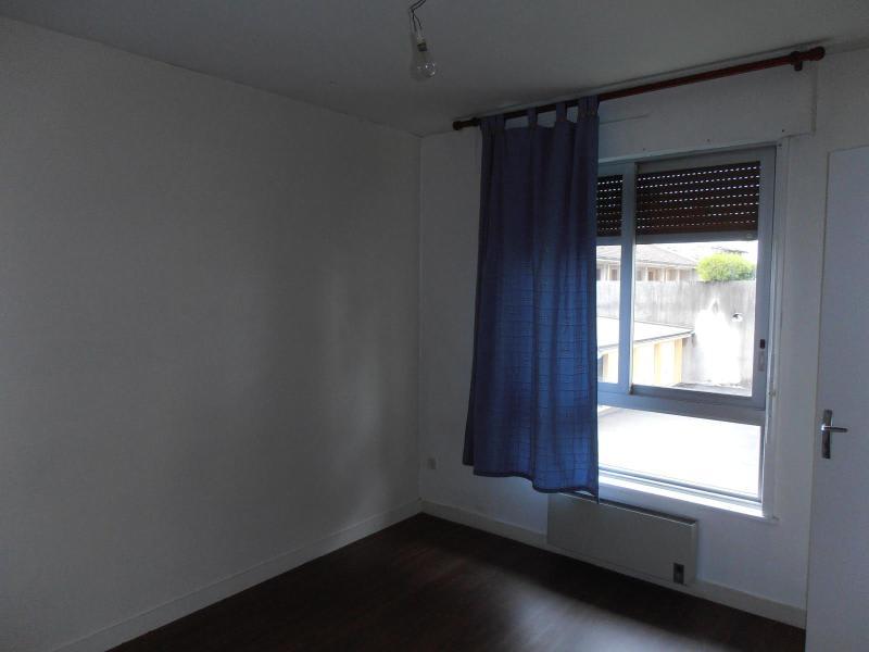 Rental apartment Montreal la cluse 410€ CC - Picture 3