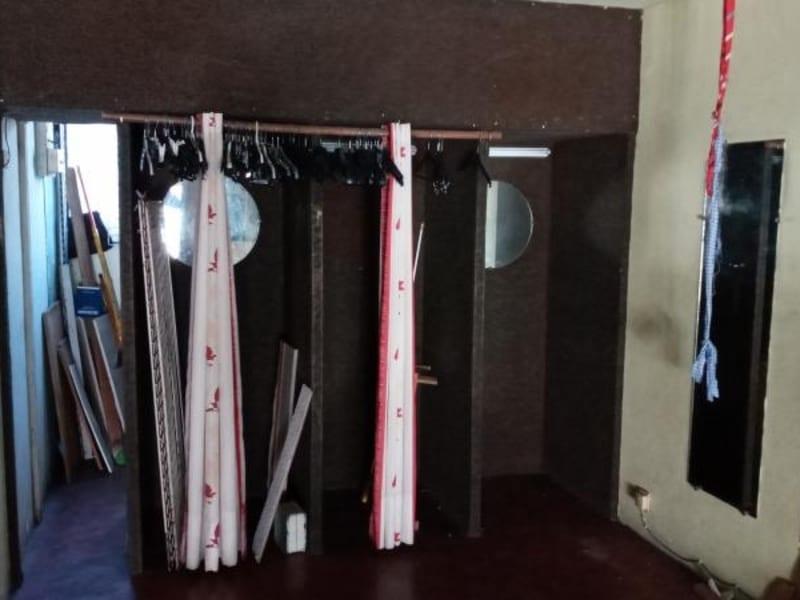 Rental empty room/storage St pierre 1270€ HC - Picture 3