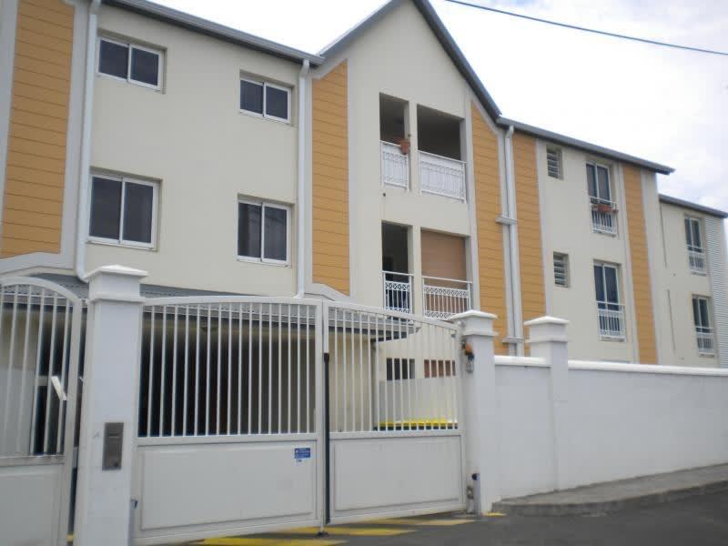 Sale apartment St denis 124200€ - Picture 2