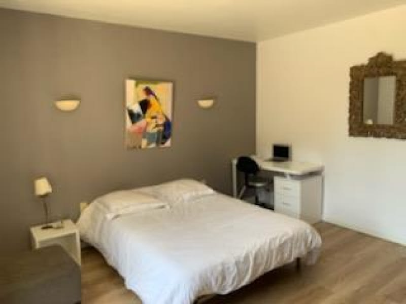 Sale house / villa Pezens 349000€ - Picture 8