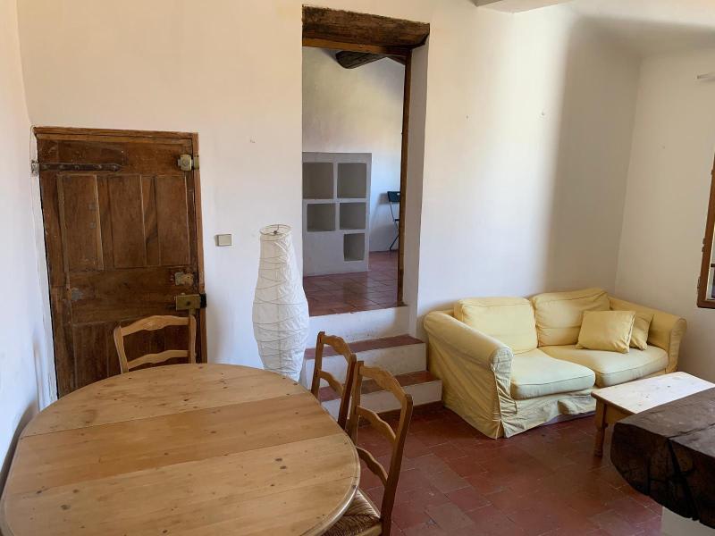 Rental apartment Aix en provence 895€ CC - Picture 1