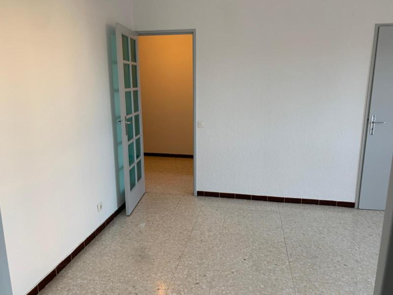 Rental apartment Aix en provence 755€ CC - Picture 3