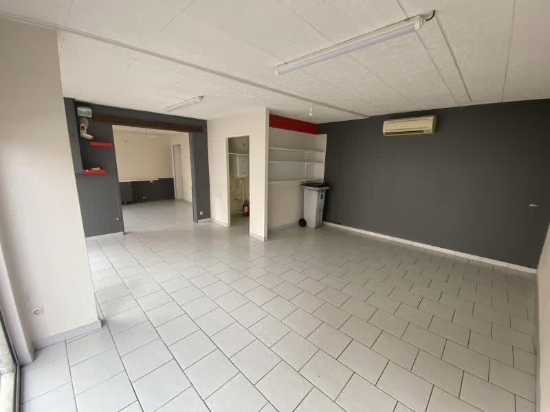 Location local commercial Poitiers 470€ HC - Photo 3