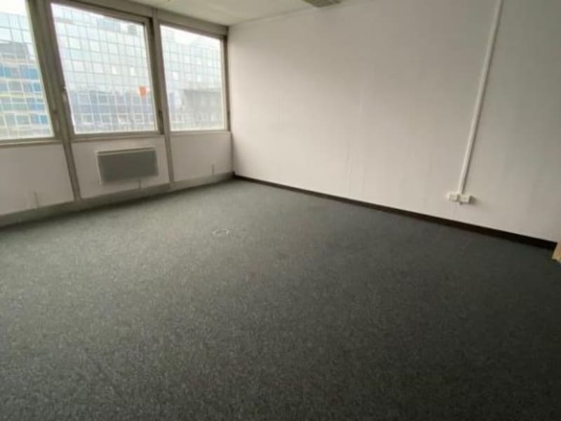 Rental empty room/storage Noisy le grand 2500€ HC - Picture 2