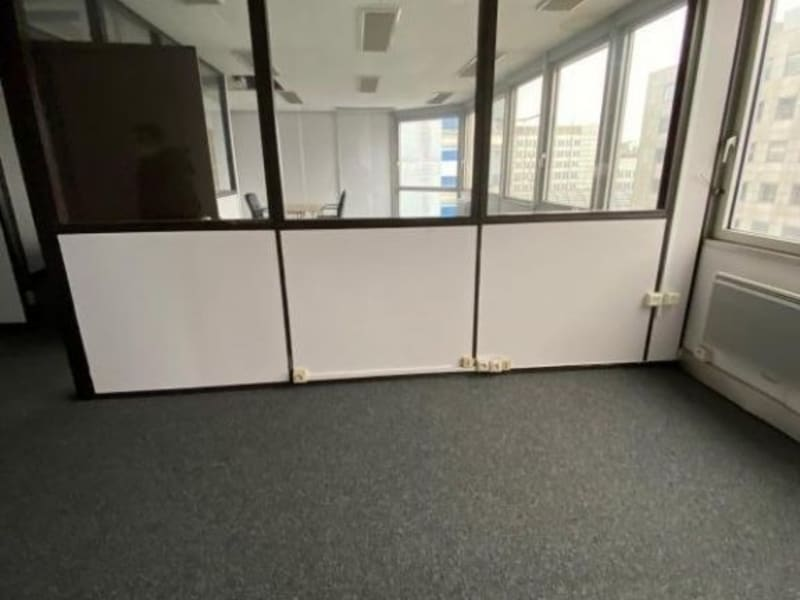 Rental empty room/storage Noisy le grand 2500€ HC - Picture 3