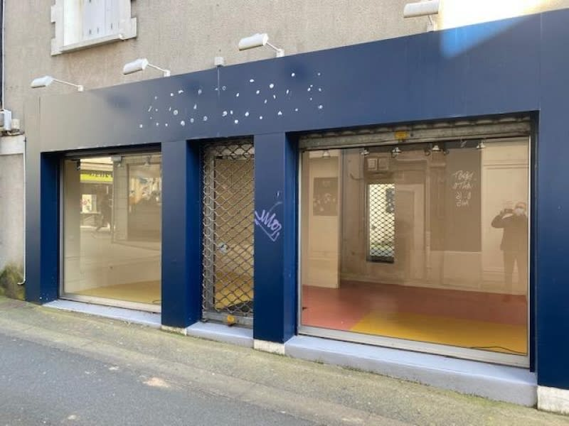 Location local commercial Cholet 450€ HC - Photo 1