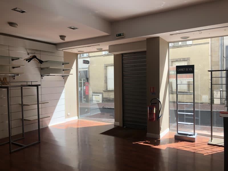 Vente local commercial Cholet 106000€ - Photo 1