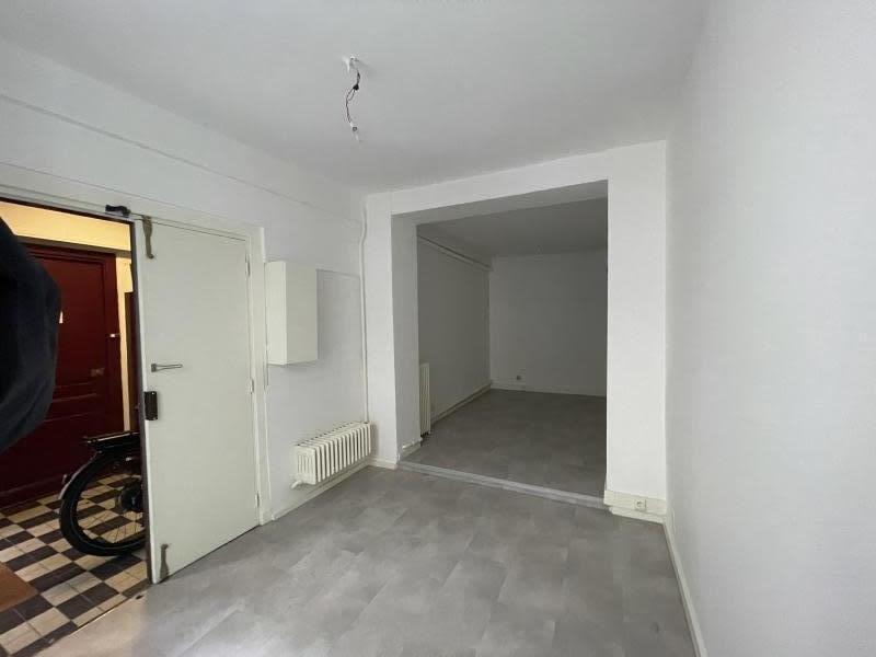 Sale empty room/storage Paris 9ème 318000€ - Picture 1