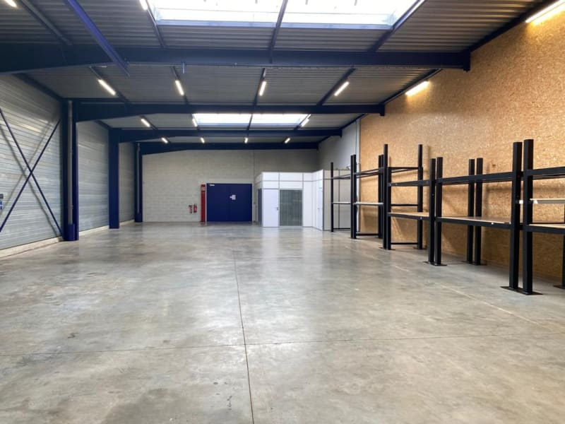 Rental empty room/storage Nieppe 1590€ CC - Picture 3