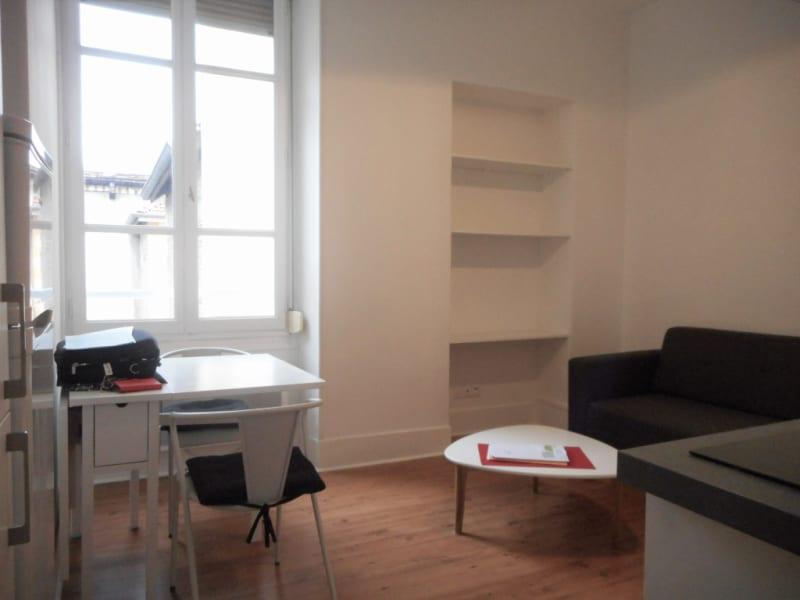 Rental apartment Voiron 344€ CC - Picture 3
