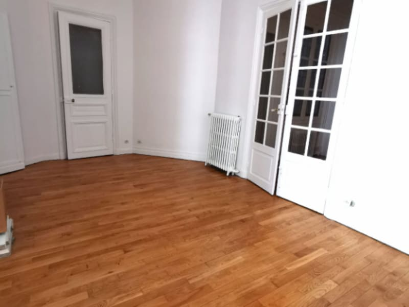 Location appartement Paris 10ème 3500€ CC - Photo 2