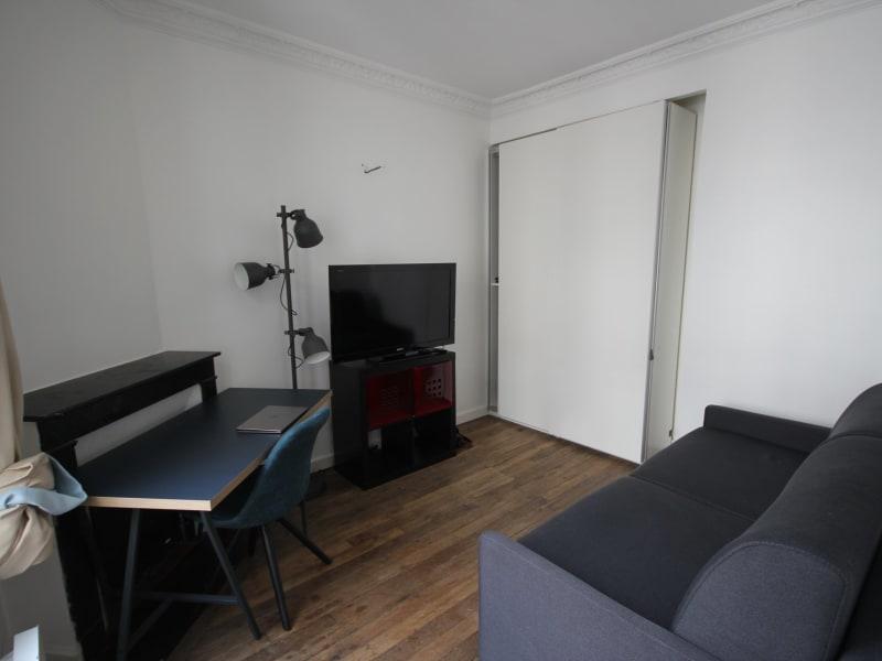 Rental apartment Paris 18ème 760€ CC - Picture 2