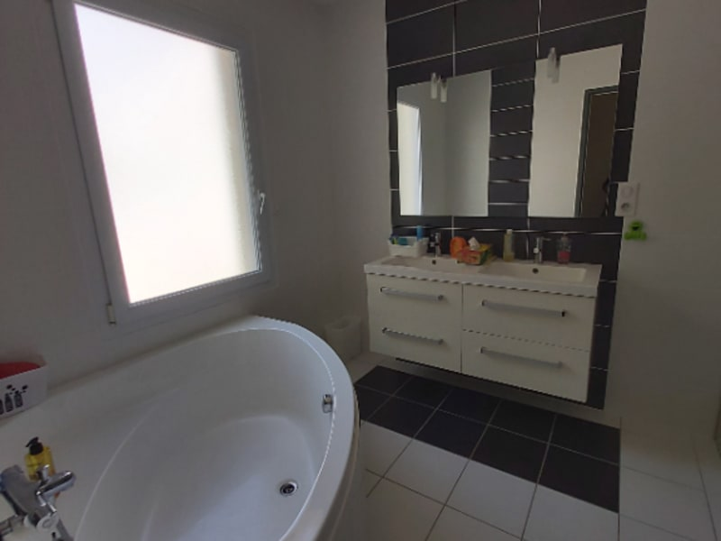 Vente maison / villa Prahecq 416900€ - Photo 9