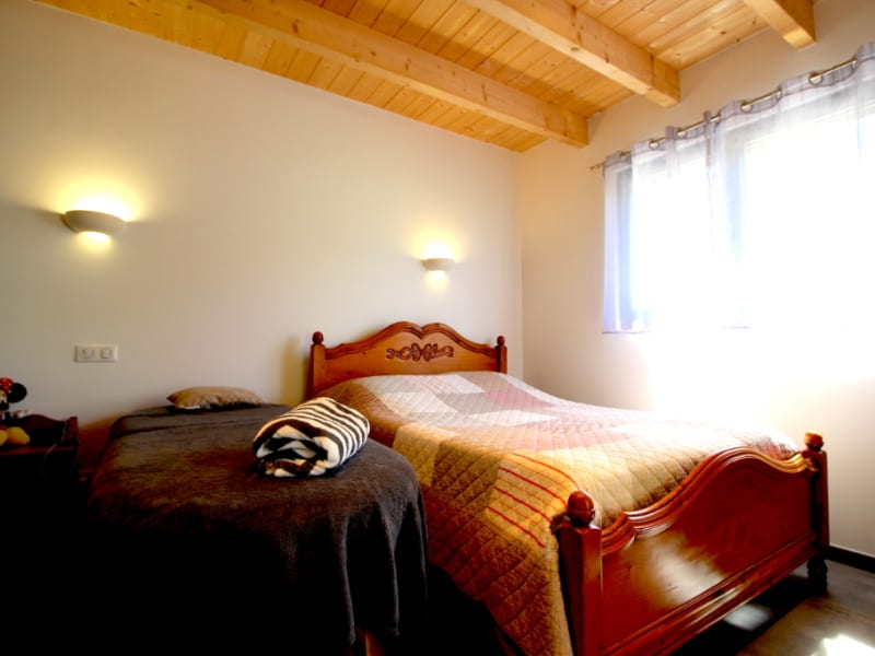 Sale house / villa Montcel 630000€ - Picture 6