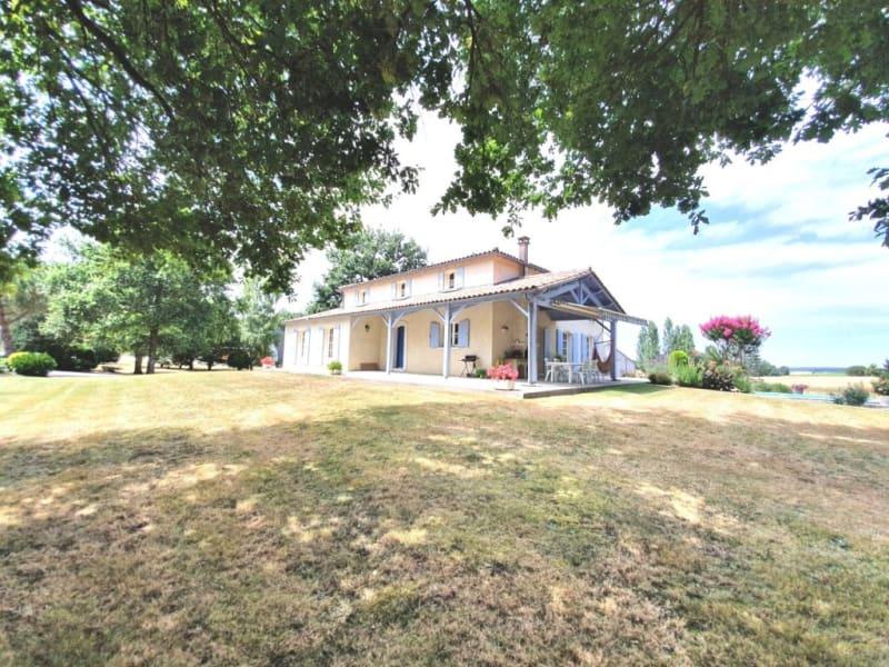 Sale house / villa Lamérac 294500€ - Picture 1