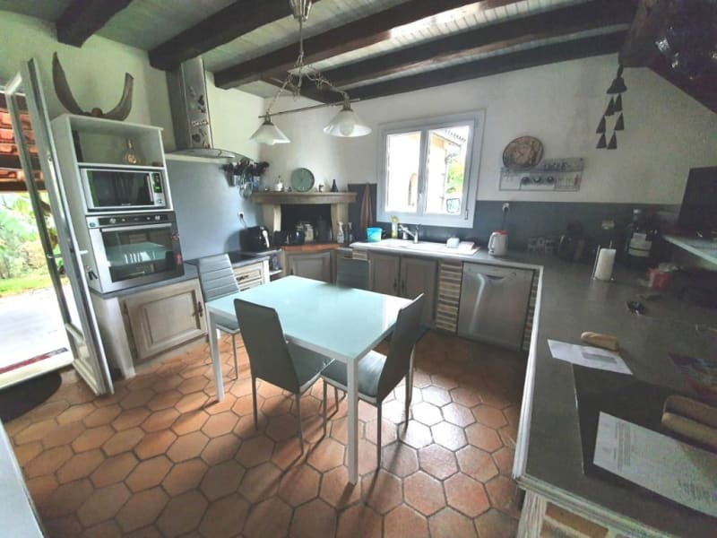 Sale house / villa Étriac 221 500€ - Picture 4