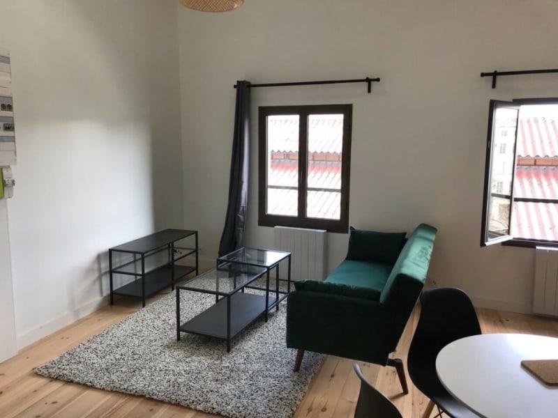 Rental apartment Cognac 630€ CC - Picture 3