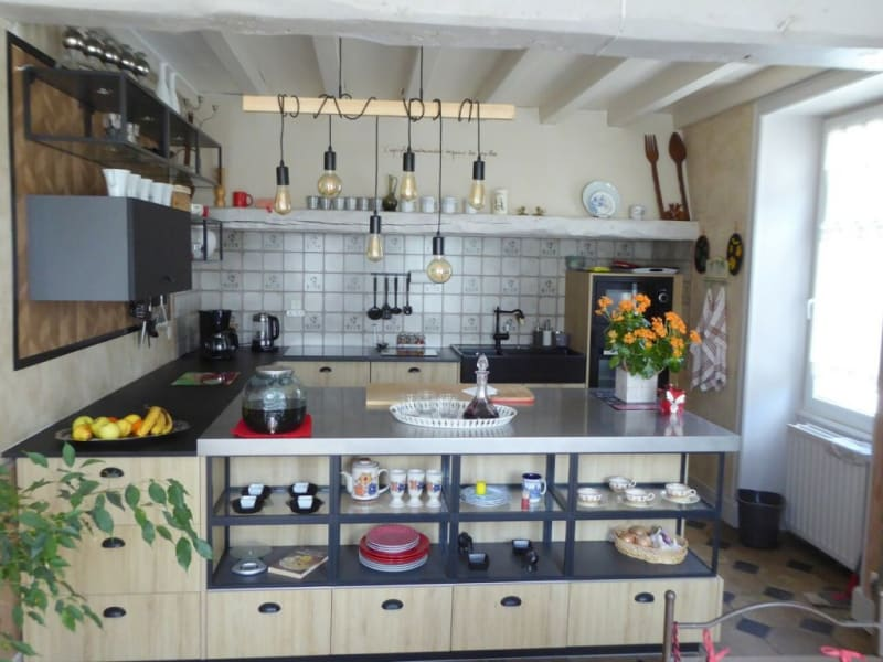 Sale house / villa Sainte-sévère 321775€ - Picture 3