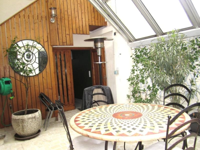 Sale house / villa Barbezieux-saint-hilaire 245000€ - Picture 1