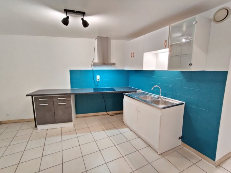 Rental apartment Ponsas 410€ CC - Picture 1