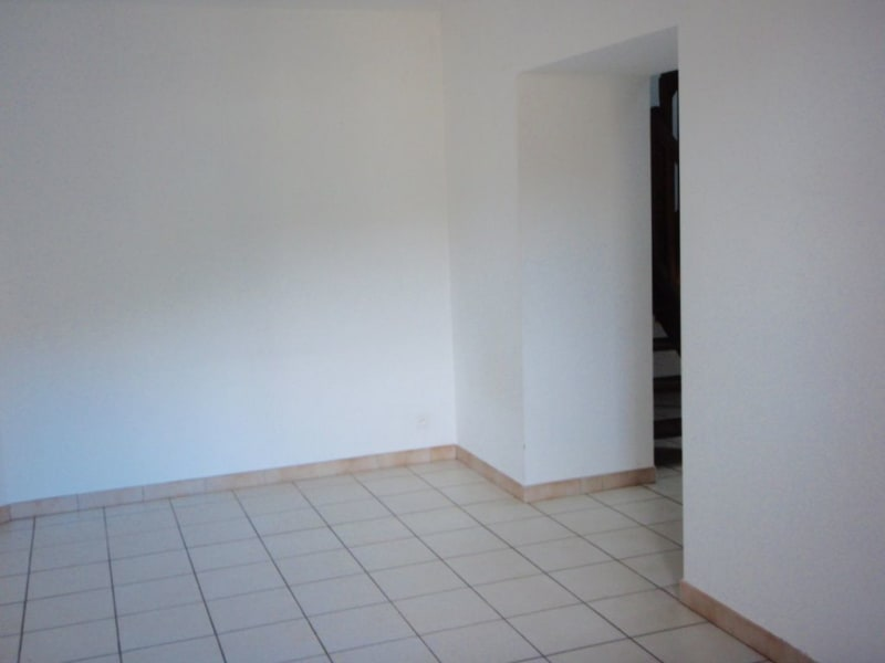 Rental apartment Ponsas 410€ CC - Picture 2