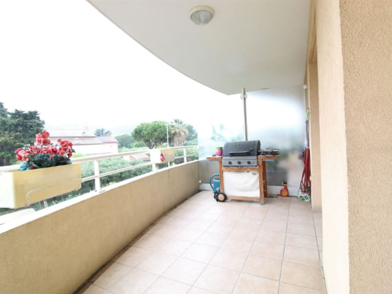 Venta  apartamento Hyeres 438900€ - Fotografía 2