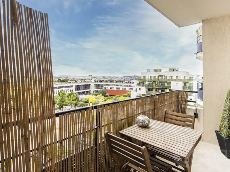Sale apartment Courbevoie 412000€ - Picture 2
