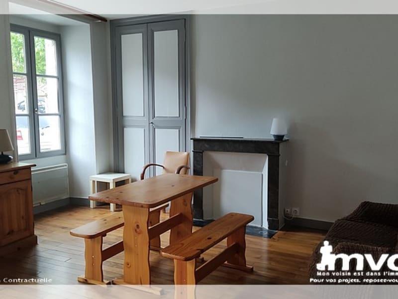 Rental apartment Saint florent le vieil 335€ CC - Picture 1