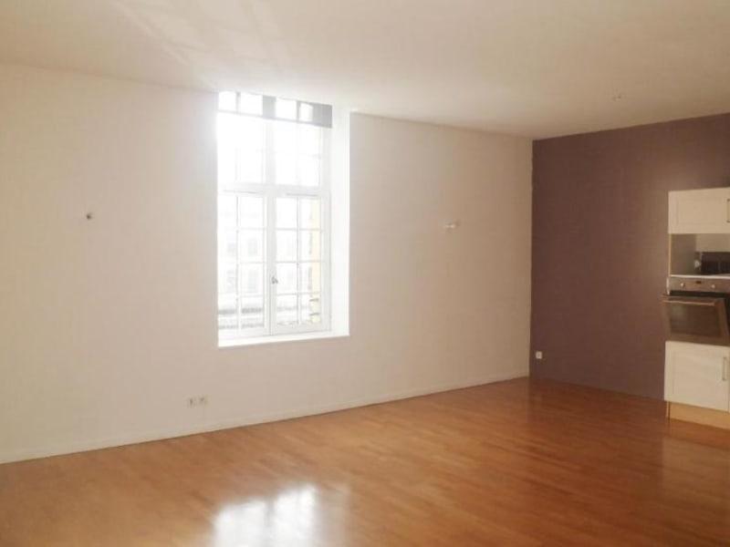 Location appartement Aire sur la lys 595€ CC - Photo 3
