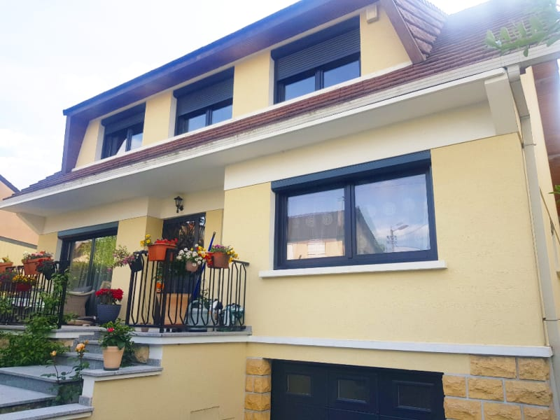 Sale house / villa Livry gargan 575000€ - Picture 1