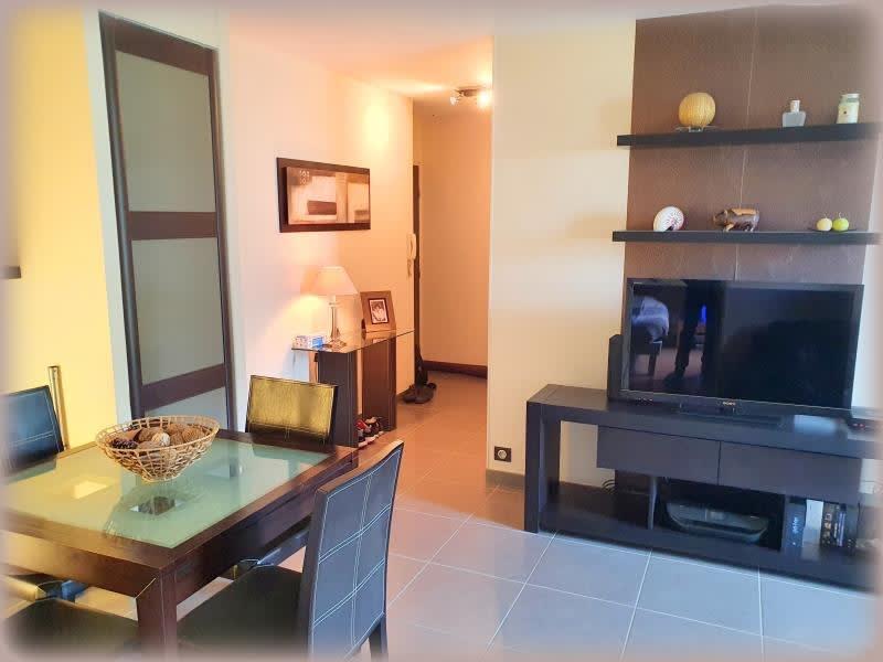 Sale apartment Livry gargan 173000€ - Picture 2