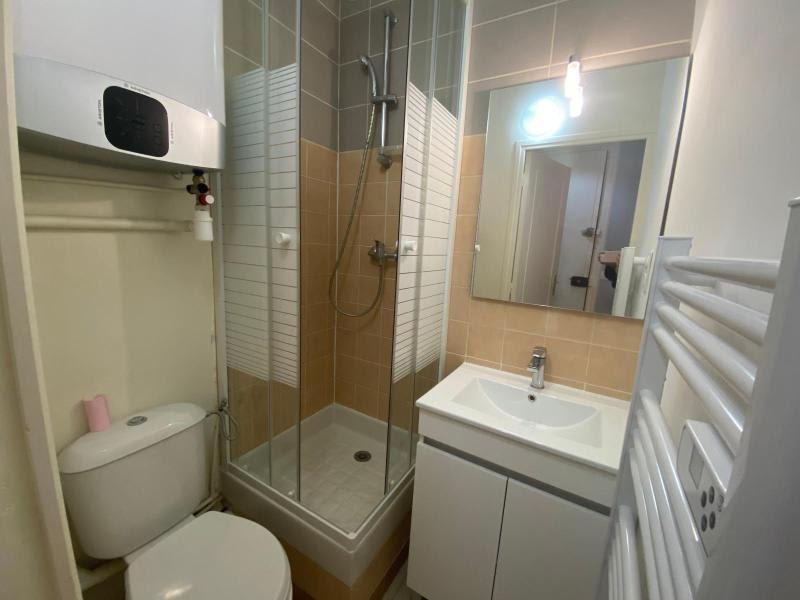 Location appartement Paris 19ème 810€ CC - Photo 8