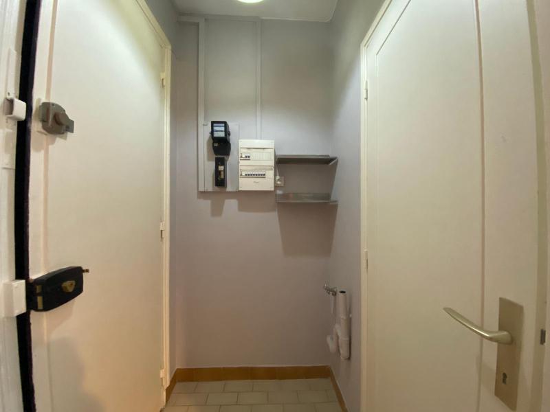 Location appartement Paris 19ème 810€ CC - Photo 9