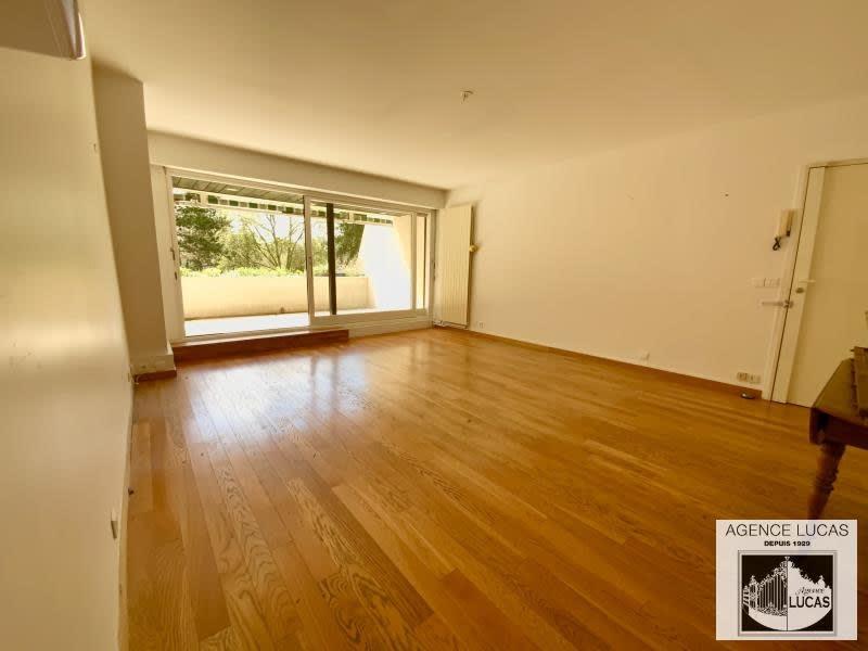 Sale apartment Verrieres le buisson 540000€ - Picture 2