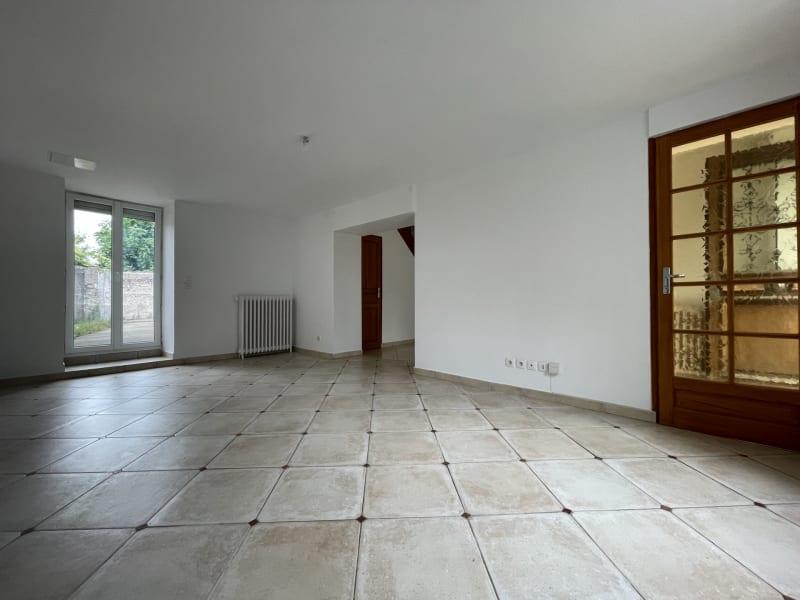 Rental house / villa Nozay 1145€ CC - Picture 4