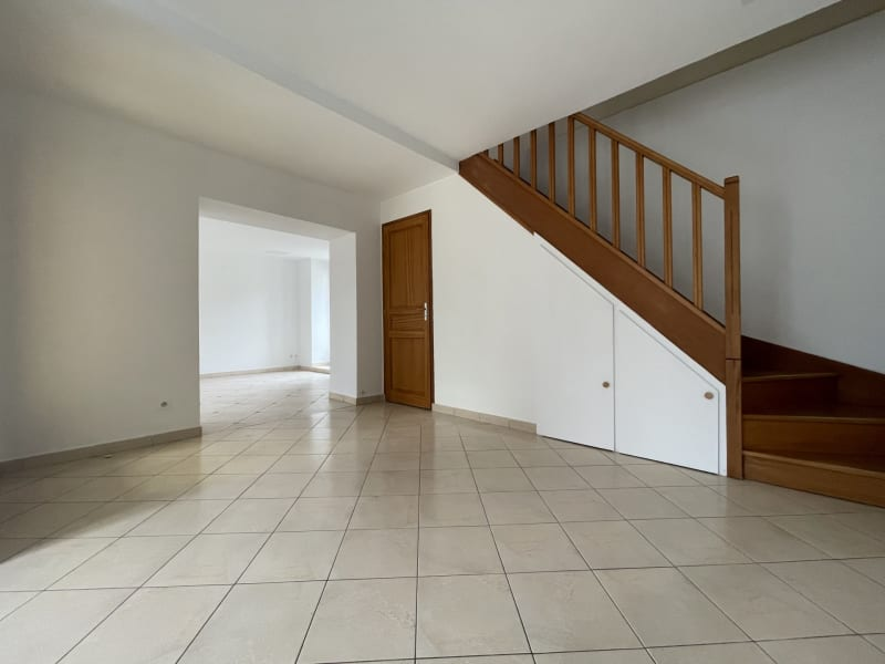 Rental house / villa Nozay 1145€ CC - Picture 2