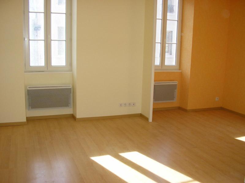 Rental apartment Nantua 190€ CC - Picture 1