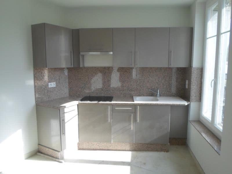 Rental apartment Maule 710€ CC - Picture 2